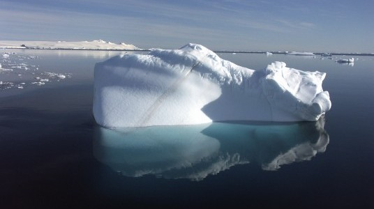 detection iceberg localisation satellite et oceanographie