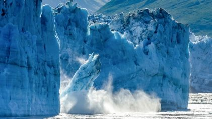 glacier qui tombe