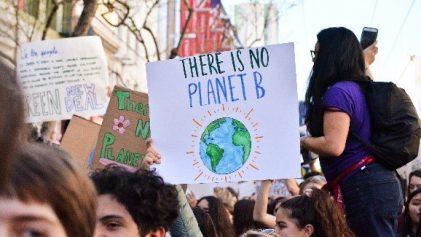 pancarte il n'y a pas de planète B