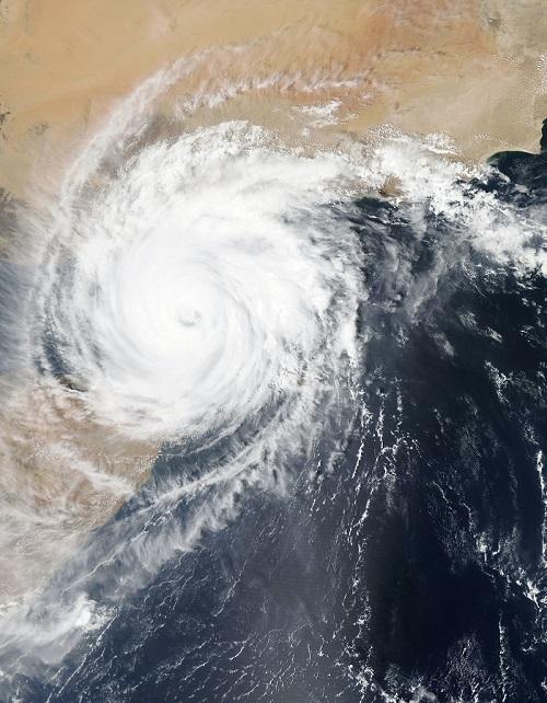 cyclone vue depuis l'espace