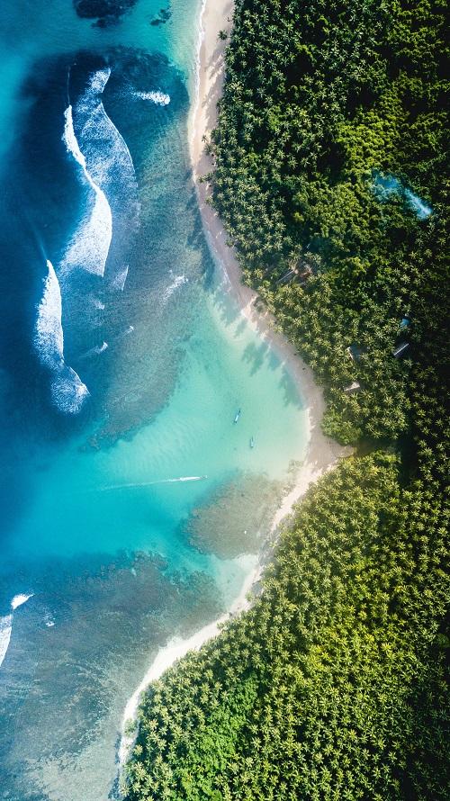 côte maritime avec plage