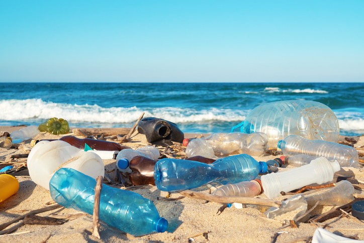 pollution plastique sur les plages