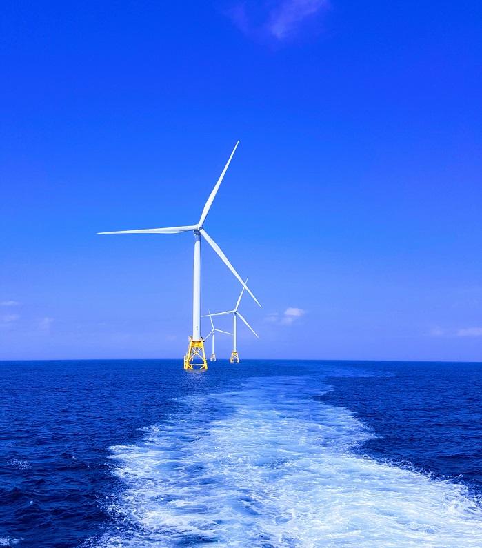 éolienne en mer